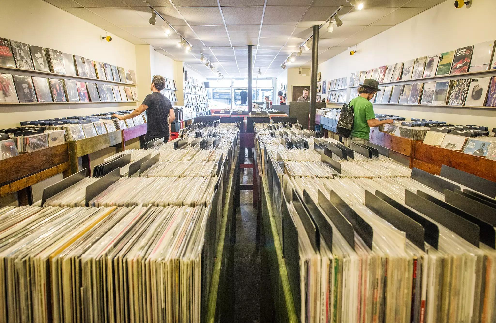 Venta de discos cae a niveles históricos en Estados Unidos