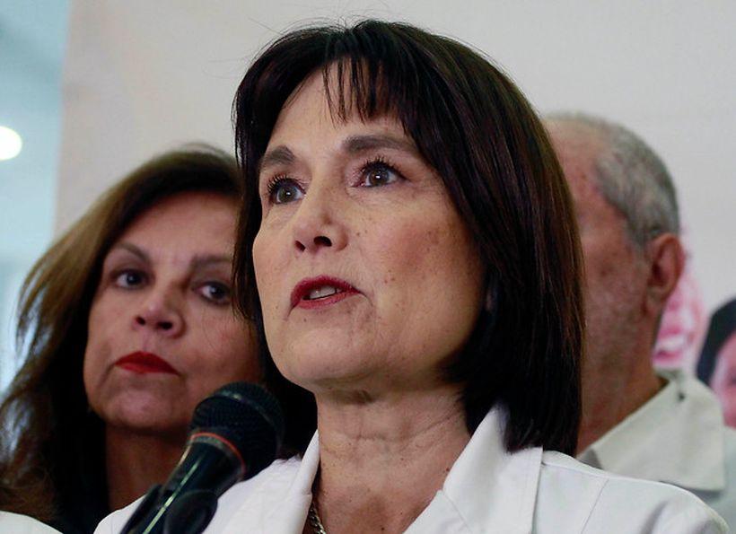 """Ex Ministra de Salud evita criticar a Mañalich: """"Hay que estar en los zapatos del ministro"""""""