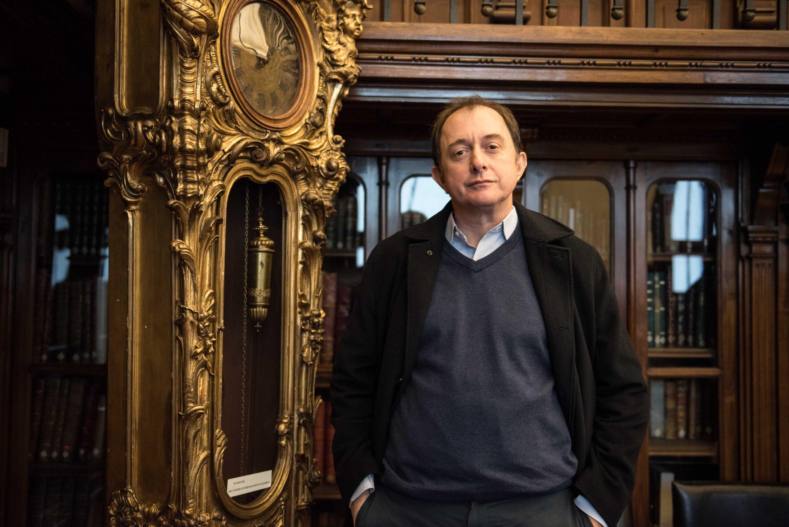 """Iván Poduje, arquitecto: """"Lo central no es el hambre, el problema del sector sur se arrastra hace 30 años"""""""
