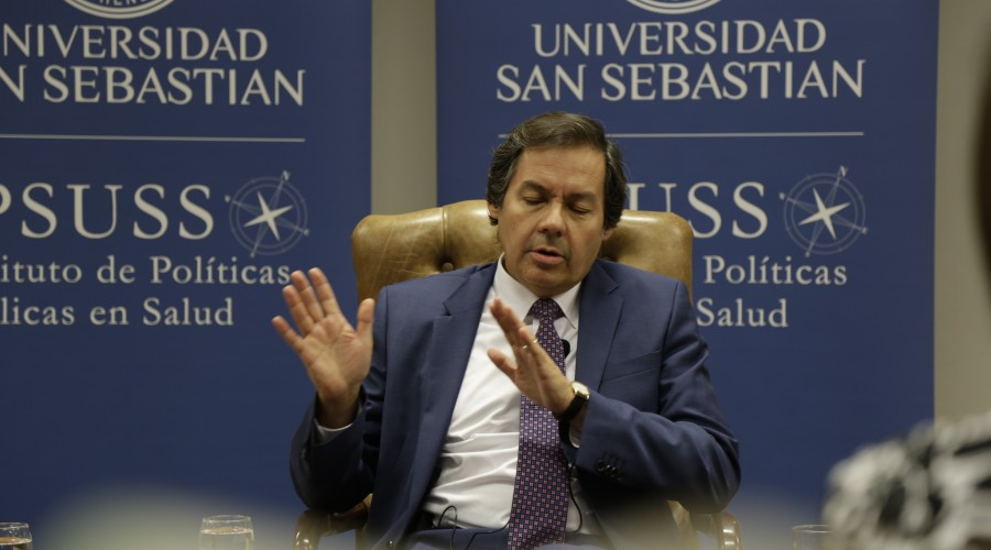"""Doctor Carlos Pérez: """"No estamos aún colapsados como se vio en Europa o EE. UU., pero estamos cerca""""."""