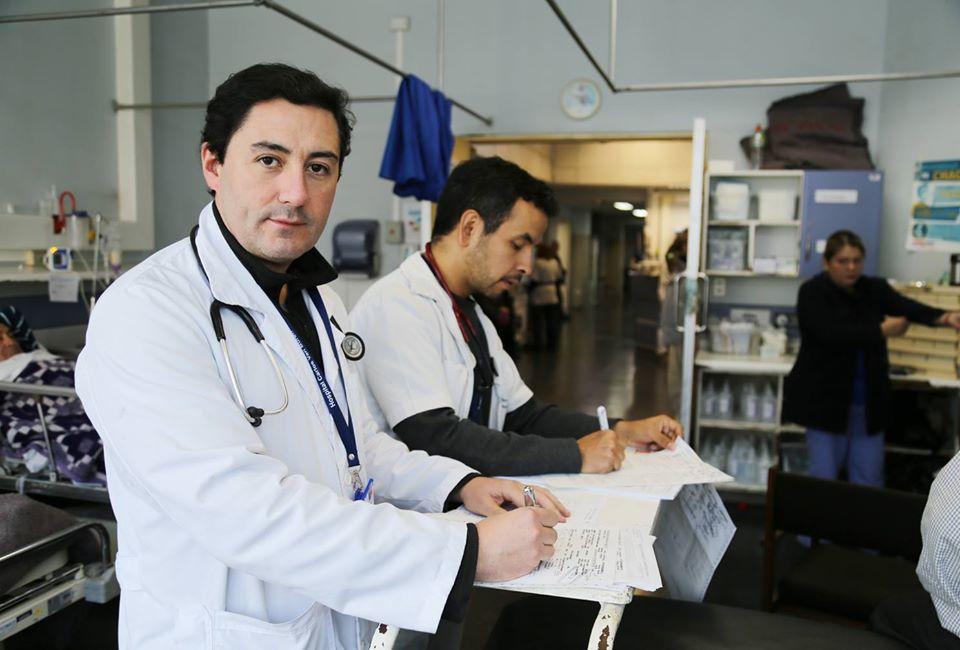 """Subdirector de hospital Carlos Van Buren: """"Confiamos en que esta cuarentena nos ayude a amortiguar un desastre"""""""