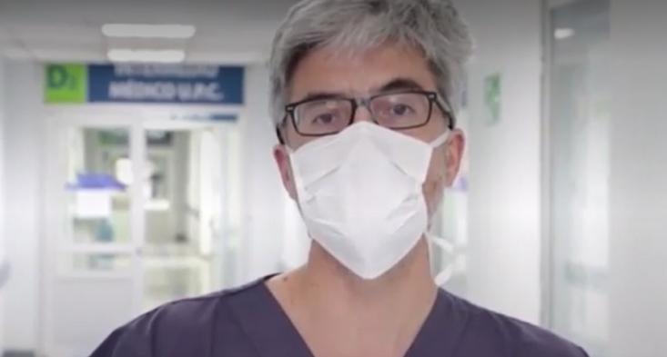 """Dr. Eduardo Tobar por propagación del coronavirus en sectores vulnerables: """"Uno ve mucho brote intrafamiliar"""""""