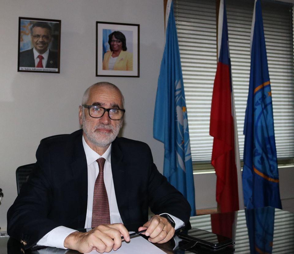 """Representante de la OMS: """"Chile está bien en el diagnóstico, en el registro, pero hay problemas en la comunicación"""""""