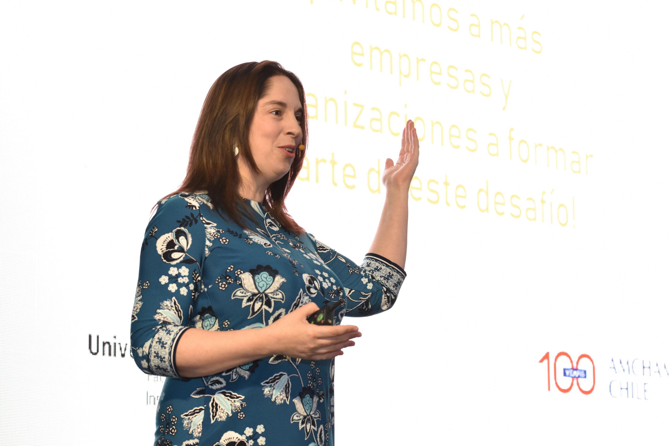 Directora del Data Science UDD asegura que en el Gran Santiago la reducción de la movilidad es solo del 37.5%