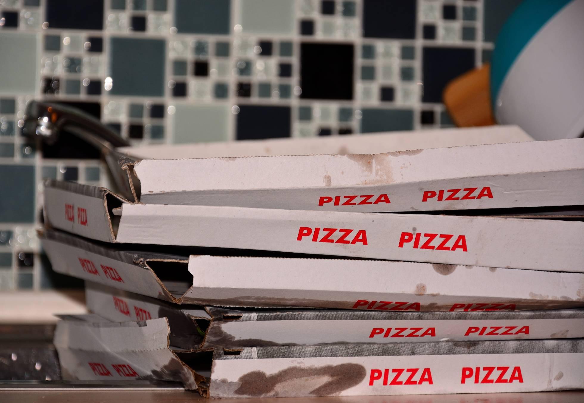 La pesadilla del hombre que lleva nueve años recibiendo pizzas que nunca ha pedido
