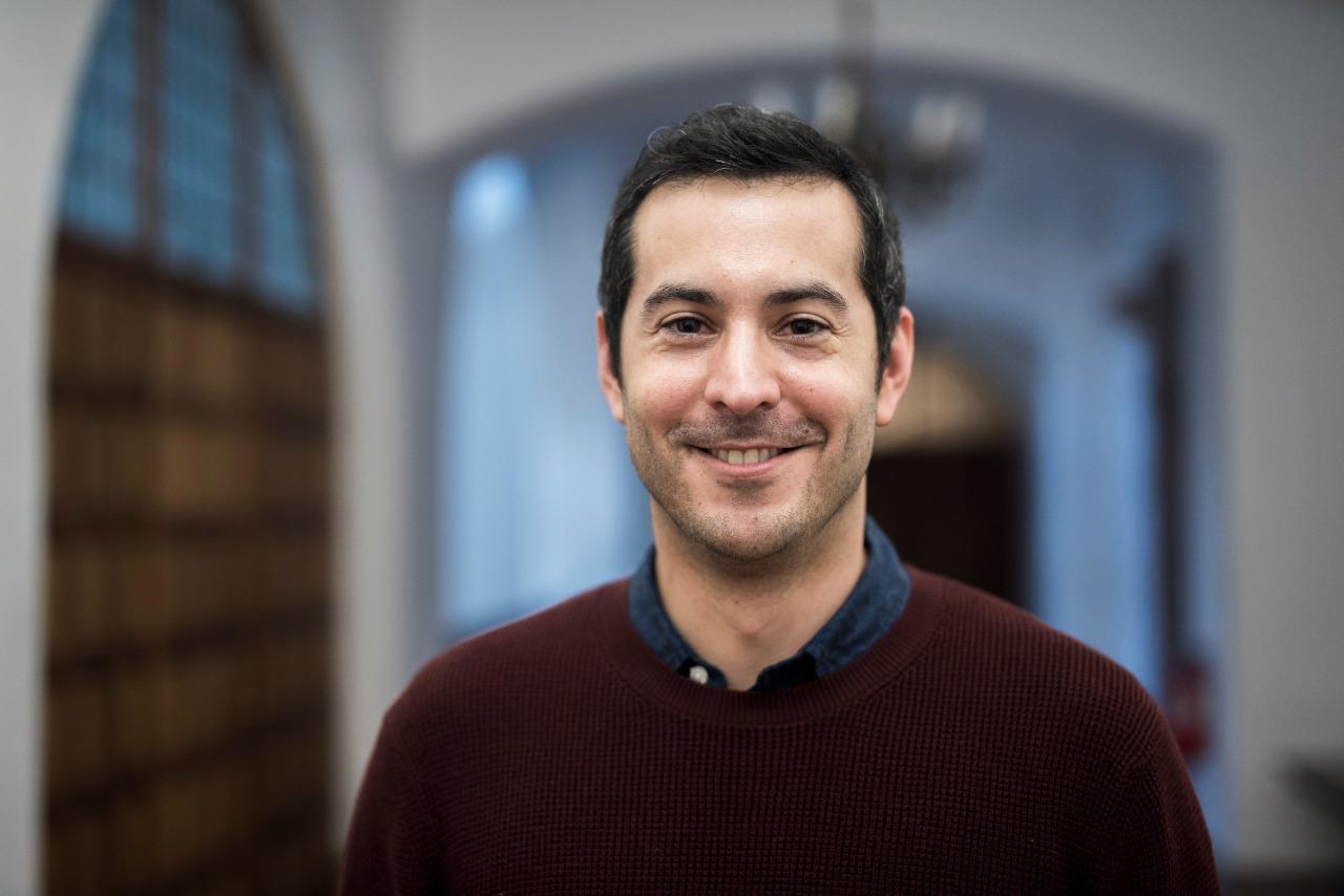 """Rodrigo Tapia, del Ministerio de Ciencias nos contó todo sobre el concurso de divulgación """"Ciencia Pública"""""""