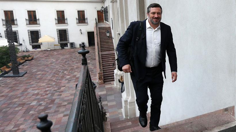 """Ministro Sichel por inclusión del CAE en el acuerdo entre el gobierno y la oposición: """"Me carga vetar temas per se"""""""