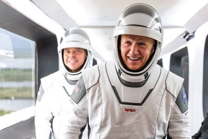 ¿Qué relación tiene Batman con los astronautas de SpaceX? Sobre eso y más nos habló el profesor Robbie Barrera