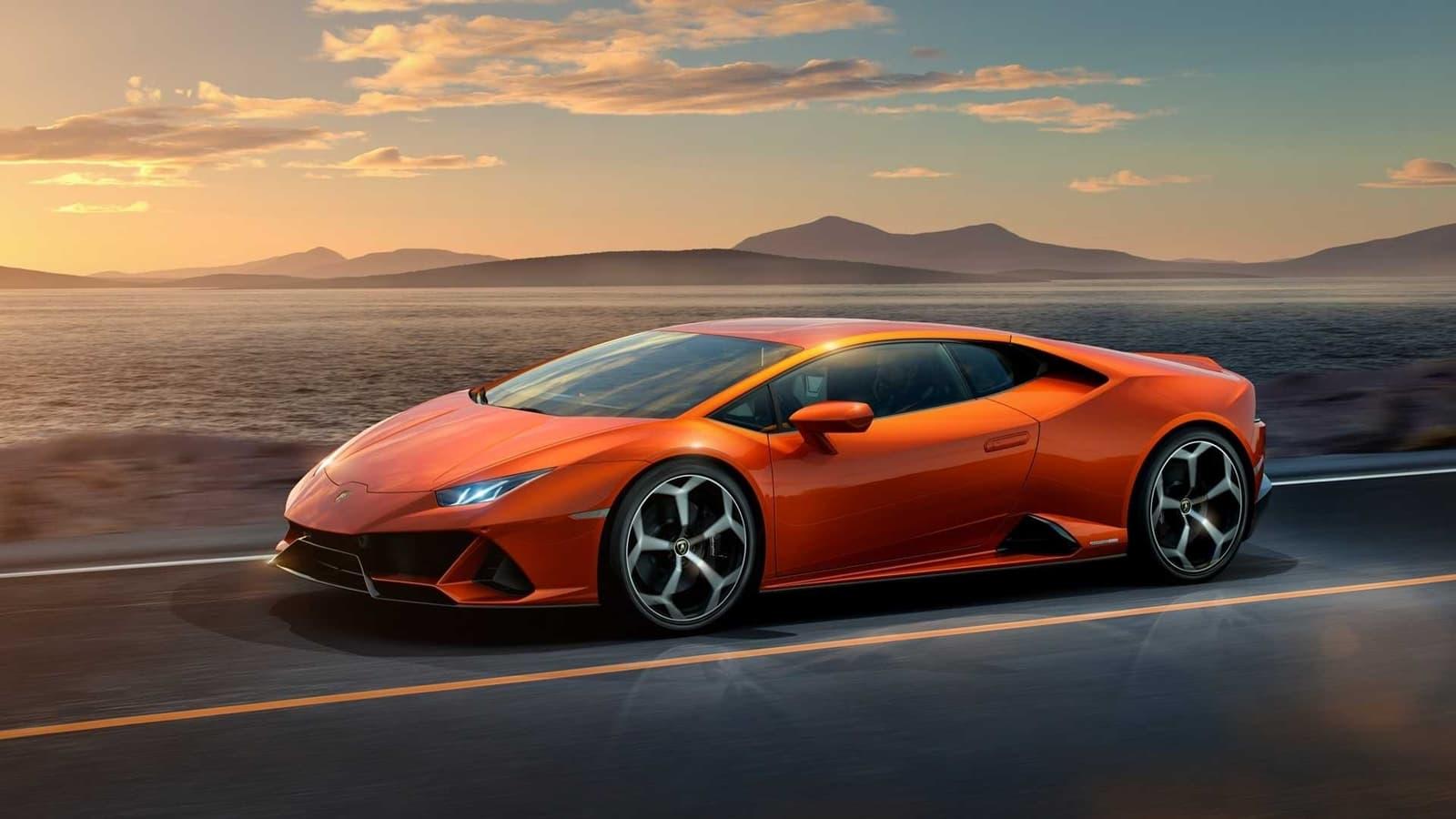 Un hombre recibió 4 millones de dólares de ayuda del Estado por el COVID-19 y se compró un Lamborghini