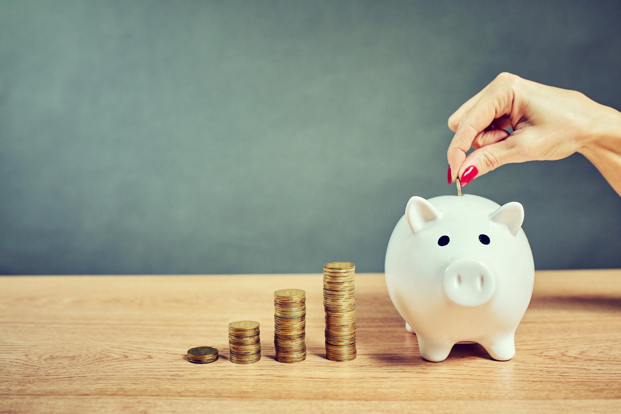 ¿Te gustaría ahorrar dinero gastando? Manuel Fernández nos explicó por qué es posible y cómo hacerlo