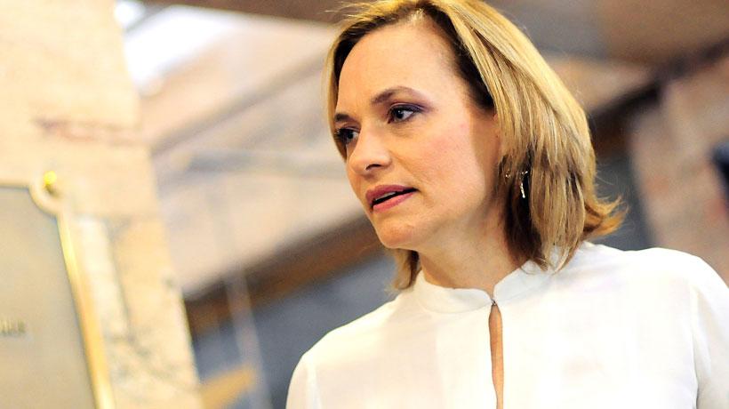 """Senadora Goic por tercer retiro del 10% de las AFP: """"En la medida que llegue al Senado lo vamos a respaldar"""""""