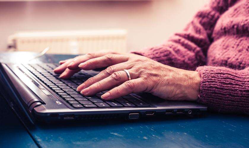 Carlos Valdés, de PortalPyme, nos habló de las becas Corfo para la digitalización de mayores de 55 años