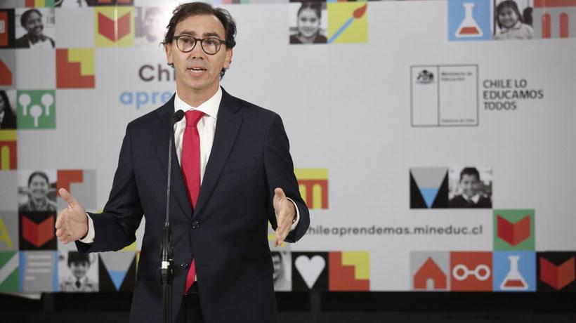 """Figueroa valora propuesta de trabajos voluntarios para reincidentes en fiestas clandestinas: """"es una buena idea"""""""