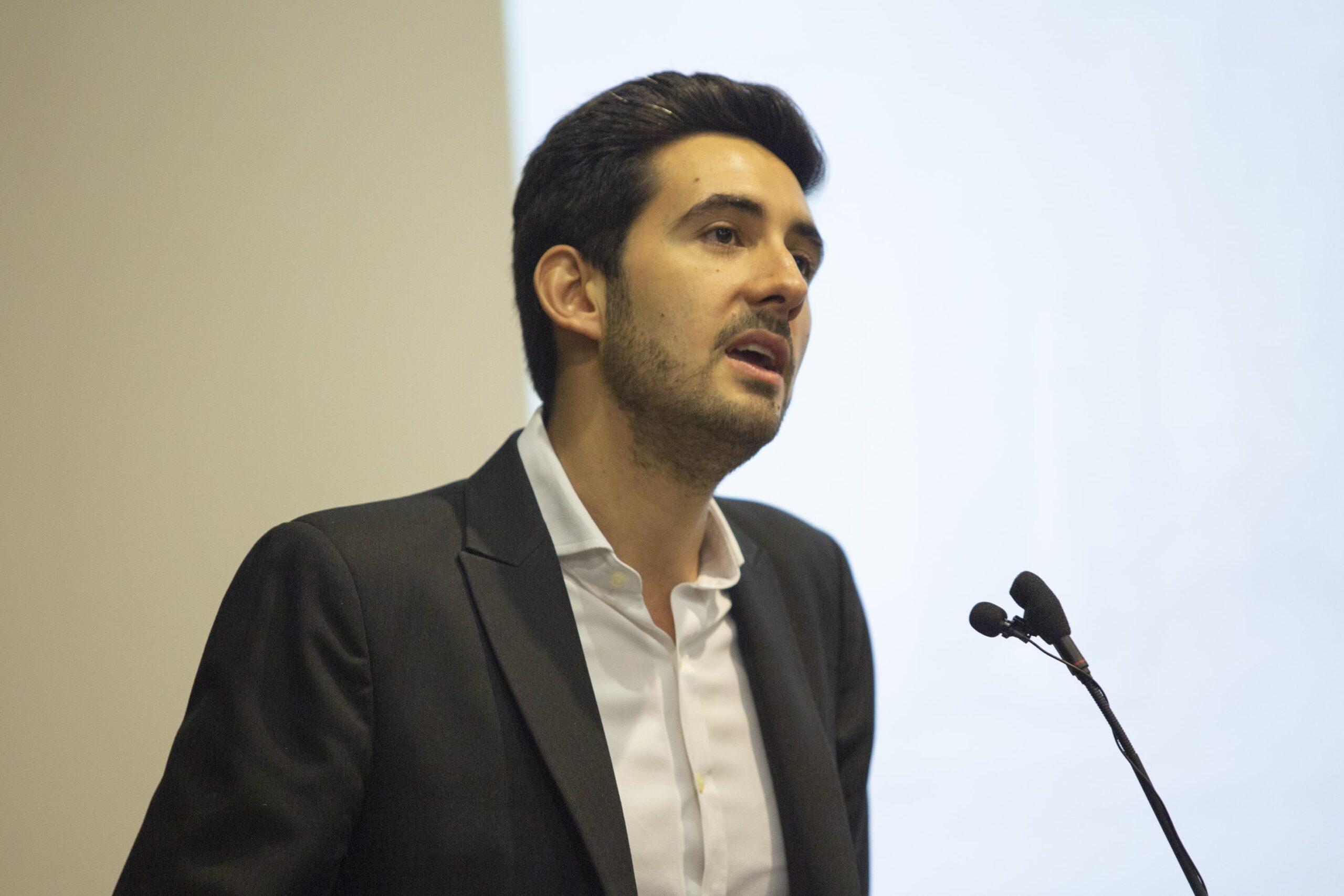 """Román Yosif: """"La pandemia y el estallido son una tremenda oportunidad para acelerar la transformación del Estado"""""""