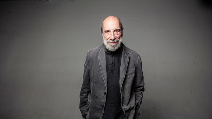 Poeta chileno Raúl Zurita es el nuevo premio Reina Sofía de Poesía Iberoamericana