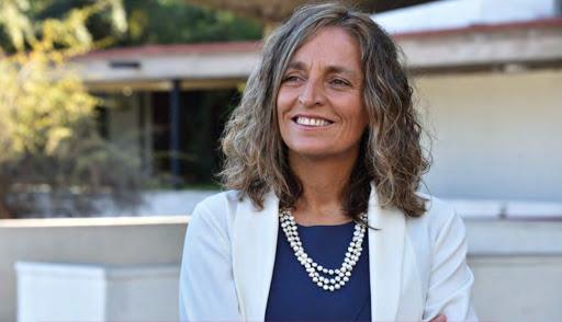 María José Castro explica funcionamiento del Servicio de Protección a la Niñez