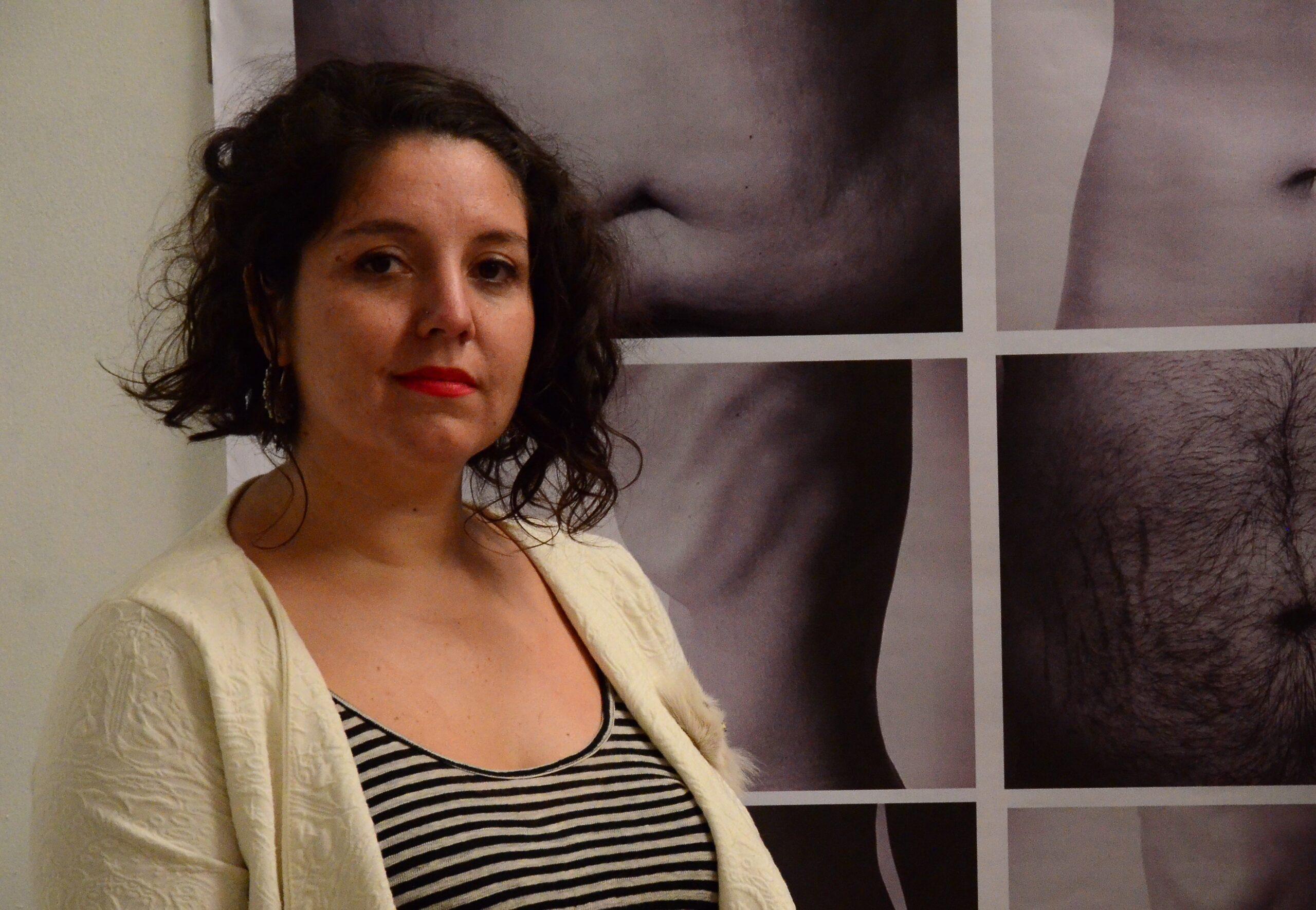 """Valeria Radrigán y su libro sobre las app de citas: """"La gente las ocupa para entretenerse"""""""