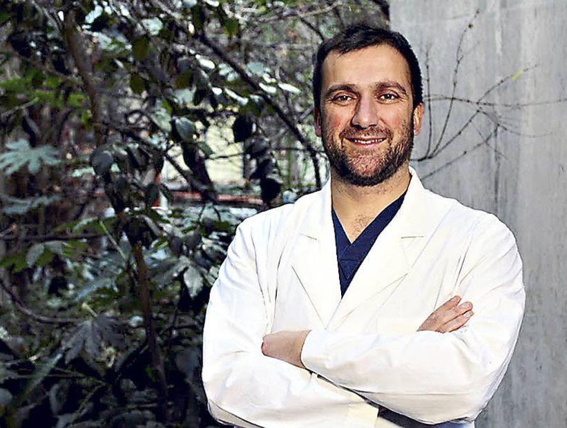 """Doctor José Miguel Bernucci, secretario general del Colmed: """"La circulación viral nunca ha bajado"""""""