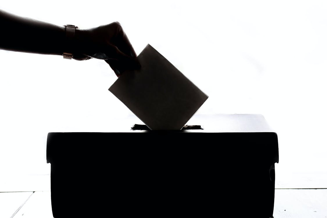 Universo Tecnológico Cap 2: Cómo Internet y los datos abiertos nos ayudan a votar mejor informados